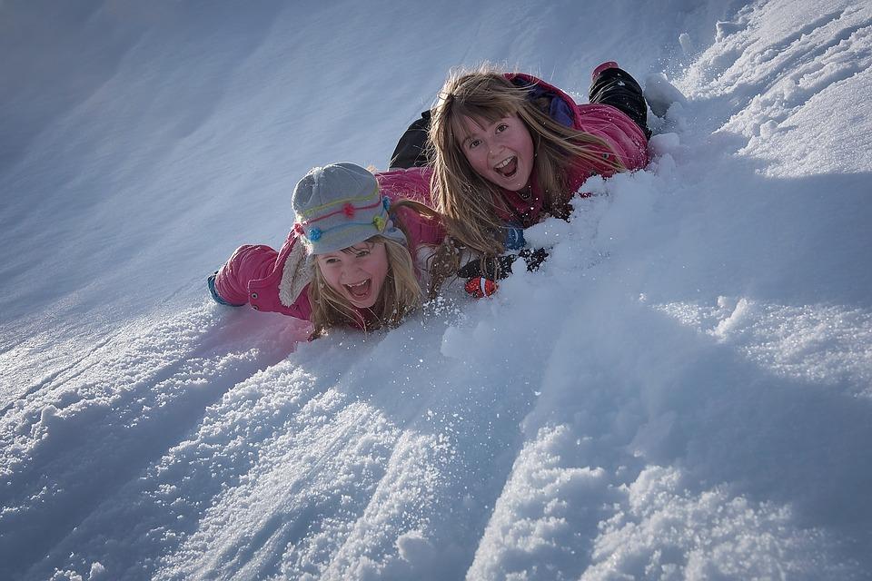 planes-con-ninos-en-invierno
